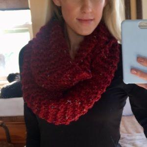 Red ULTRA SOFT HANDMADE Chunky Knit Infinity Scarf